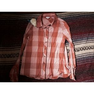 """""""SHYANNE"""" FLARED SLEEVES BUTTON UP - PEACH"""